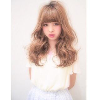 フェミニン ロング 外国人風 おフェロ ヘアスタイルや髪型の写真・画像
