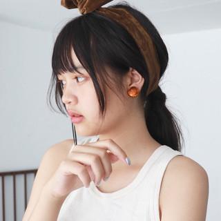 簡単ヘアアレンジ セミロング 外国人風 ブラントカット ヘアスタイルや髪型の写真・画像