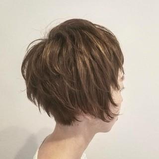 マニッシュ ハイライト ストリート アッシュ ヘアスタイルや髪型の写真・画像