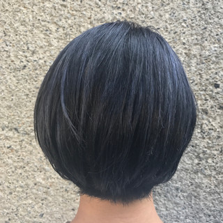 透明感 ハイライト ボブ ブルーブラック ヘアスタイルや髪型の写真・画像