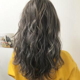 冬 セミロング ヘアアレンジ モード ヘアスタイルや髪型の写真・画像
