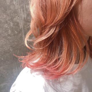 ブリーチ オレンジカラー フェミニン ダブルカラー ヘアスタイルや髪型の写真・画像