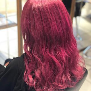 ピンク ロング ダブルカラー ガーリー ヘアスタイルや髪型の写真・画像