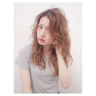 ウェットヘア パンク ストリート 外国人風 ヘアスタイルや髪型の写真・画像