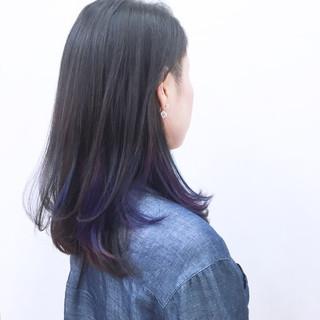 パープル ブルー インナーカラー 暗髪 ヘアスタイルや髪型の写真・画像
