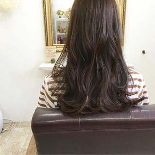 デート アンニュイ アッシュ ロング ヘアスタイルや髪型の写真・画像