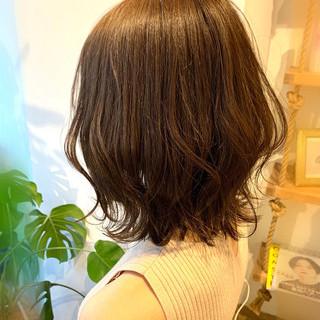 ブランジュ 外ハネボブ 切りっぱなしボブ ツヤ髪 ヘアスタイルや髪型の写真・画像