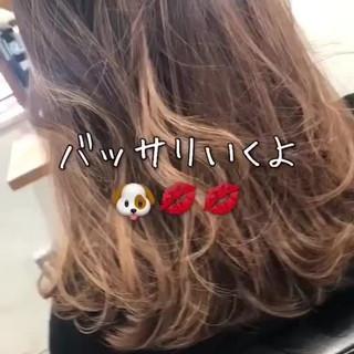 オフィス アンニュイほつれヘア ボブ ヘアアレンジ ヘアスタイルや髪型の写真・画像