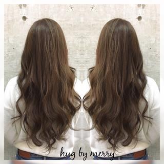 前髪あり ロング ゆるふわ 暗髪 ヘアスタイルや髪型の写真・画像