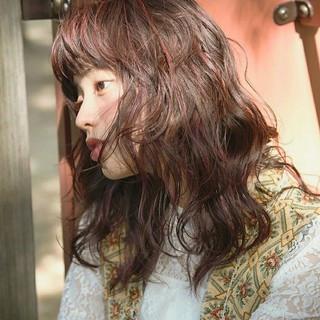 外国人風 モード ウェーブ 透明感 ヘアスタイルや髪型の写真・画像
