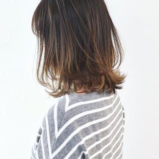バレイヤージュ ストリート 外国人風カラー ミディアム ヘアスタイルや髪型の写真・画像