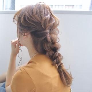 簡単ヘアアレンジ 編みおろし ヘアアレンジ デート ヘアスタイルや髪型の写真・画像