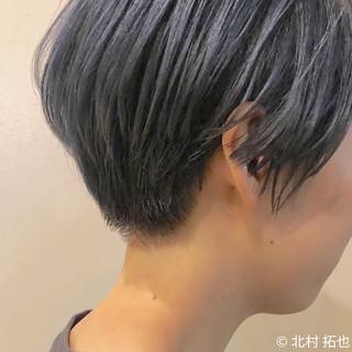 ショート ショートヘア ナチュラル ブリーチオンカラー ヘアスタイルや髪型の写真・画像