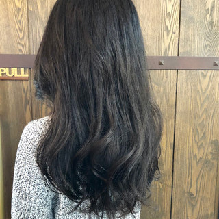 ナチュラル 暗髪 ネイビー 春 ヘアスタイルや髪型の写真・画像