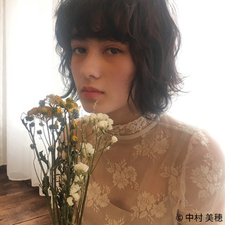 小顔 ハイライト 外国人風 フェミニン ヘアスタイルや髪型の写真・画像