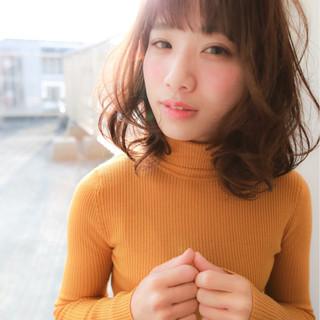ゆるふわ 色気 ミディアム コンサバ ヘアスタイルや髪型の写真・画像