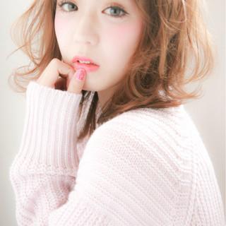 ヘアアレンジ フェミニン 色気 ミディアム ヘアスタイルや髪型の写真・画像