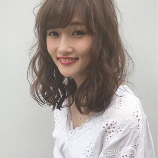 斜め前髪 パーマ 大人かわいい 色気 ヘアスタイルや髪型の写真・画像