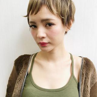 ピュア 小顔 大人女子 ショート ヘアスタイルや髪型の写真・画像
