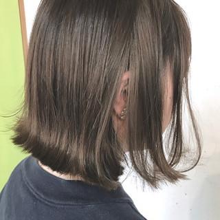ストリート ミルクティー 大人女子 ニュアンス ヘアスタイルや髪型の写真・画像