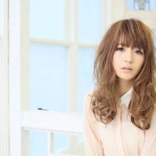 大人かわいい 丸顔 ロング コンサバ ヘアスタイルや髪型の写真・画像