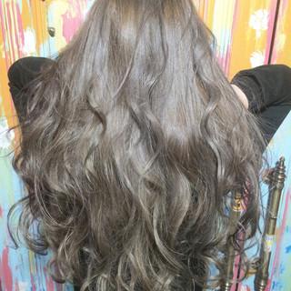 外国人風 ガーリー グラデーションカラー アッシュ ヘアスタイルや髪型の写真・画像