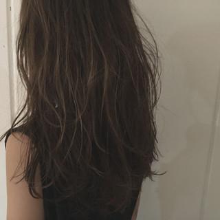 ストリート セミロング 暗髪 ウェットヘア ヘアスタイルや髪型の写真・画像