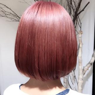 ボブ ベリーピンク ピンク ストリート ヘアスタイルや髪型の写真・画像