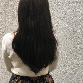 ナチュラル ダークアッシュ 暗髪 ウェーブ ヘアスタイルや髪型の写真・画像