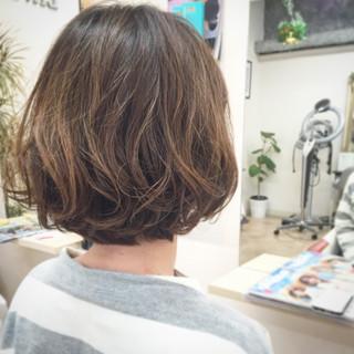 パーマ ナチュラル 外国人風 ボブ ヘアスタイルや髪型の写真・画像