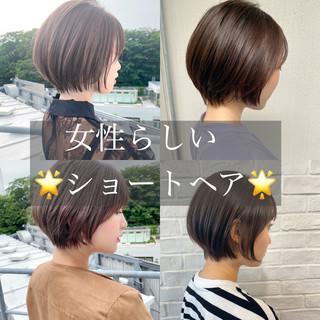 ショートヘア ショートカット グレージュ ナチュラル ヘアスタイルや髪型の写真・画像