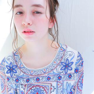夏 ヘアアレンジ ストリート パーマ ヘアスタイルや髪型の写真・画像