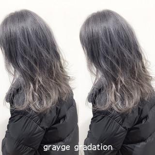 グラデーションカラー ヘアカラー アッシュグレージュ グレーアッシュ ヘアスタイルや髪型の写真・画像