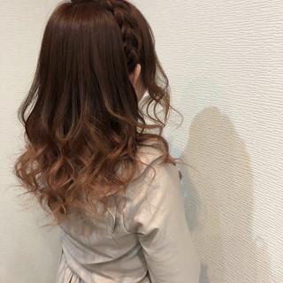 ハーフアップ ガーリー ヘアアレンジ セミロング ヘアスタイルや髪型の写真・画像