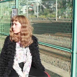 アッシュ モード セミロング 冬 ヘアスタイルや髪型の写真・画像