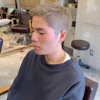 インナーカラー ショートボブ ウルフカット ベリーショート ヘアスタイルや髪型の写真・画像