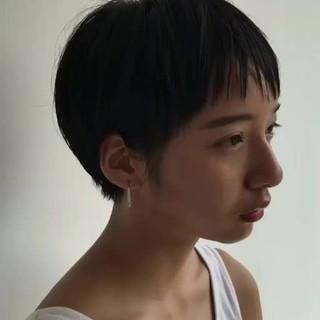 大人かわいい ショート 抜け感 ナチュラル ヘアスタイルや髪型の写真・画像