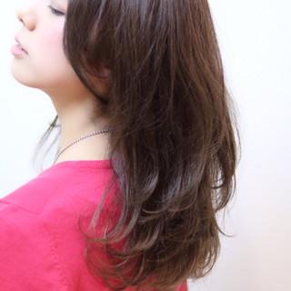 ミディアム 大人かわいい オフィス ラフ ヘアスタイルや髪型の写真・画像