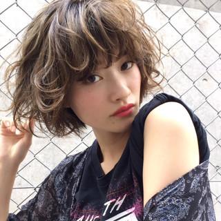 パーマ アンニュイ ストリート ボブ ヘアスタイルや髪型の写真・画像