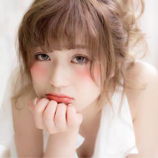 フェミニン 夏 ヘアアレンジ ピュア ヘアスタイルや髪型の写真・画像