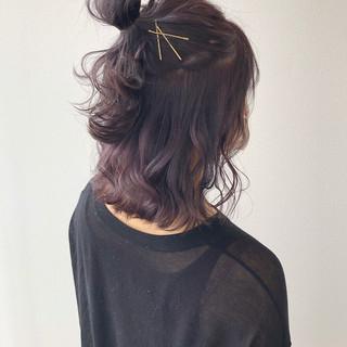 ハーフアップ ナチュラル ミディアム ヘアアレンジ ヘアスタイルや髪型の写真・画像