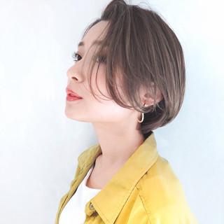 ショートボブ ナチュラル ヘアアレンジ ショート ヘアスタイルや髪型の写真・画像