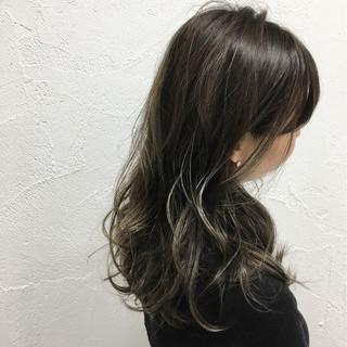 ハイライト 暗髪 ストリート グラデーションカラー ヘアスタイルや髪型の写真・画像