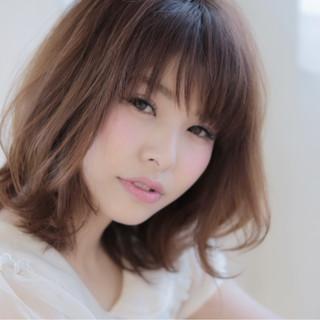 大人かわいい 外国人風 アッシュ ナチュラル ヘアスタイルや髪型の写真・画像