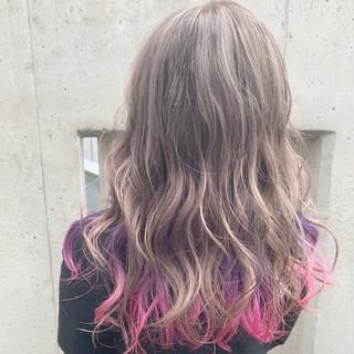 インナーカラー ストリート セミロング 派手髪 ヘアスタイルや髪型の写真・画像