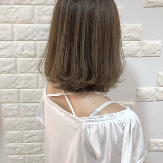 セミロング 外国人風カラー 外国人風 ハイライト ヘアスタイルや髪型の写真・画像