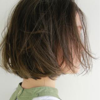 ベージュ ナチュラル グレージュ ボブ ヘアスタイルや髪型の写真・画像