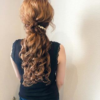 ねじり ヘアセット ブライダル 結婚式 ヘアスタイルや髪型の写真・画像