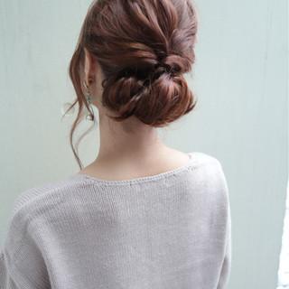 ショート 編み込み フェミニン ヘアアレンジ ヘアスタイルや髪型の写真・画像