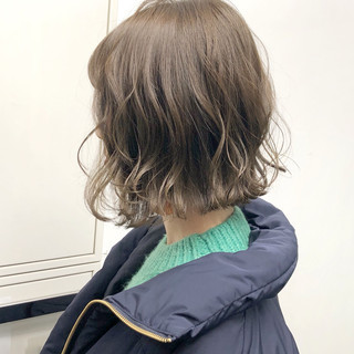 簡単ヘアアレンジ ナチュラル アンニュイほつれヘア ボブ ヘアスタイルや髪型の写真・画像
